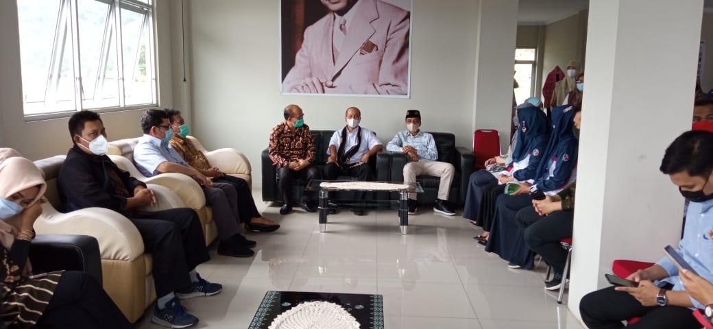 Dikunjungi Sekretaris Kementerian Koperasi dan UKM, Bupati ...